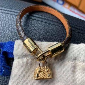 Louis Vuitton Alma nano charm bracelet 17